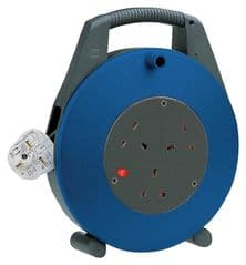 BRENNENSTUHL 1098203  Cable Reel,Vario,13A 3 Way,5M & Cutout