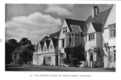 Sussex 1952: WINCHELSEA. Houses in Church Square. Old Vintage Print.