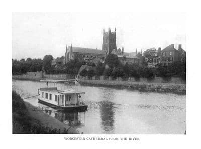 Worcs 1927: WORCESTER Cathedral from the river. Old Vintage Print.