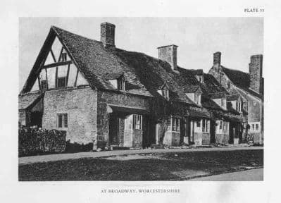 Worcs 1929: BROADWAY, Old Cottages. Vintage Worcestershire Print.