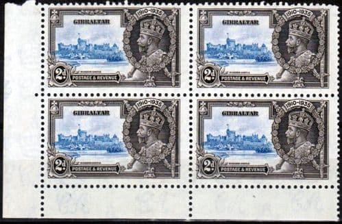 Gibraltar 1935 Silver Jubilee SG 114 Block of 4 with Flag staff Varity Fine Mint