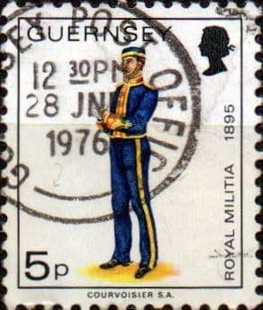 Guernsey 1974 Military Uniforms SG 105a Field Officer The Royals Fine Used
